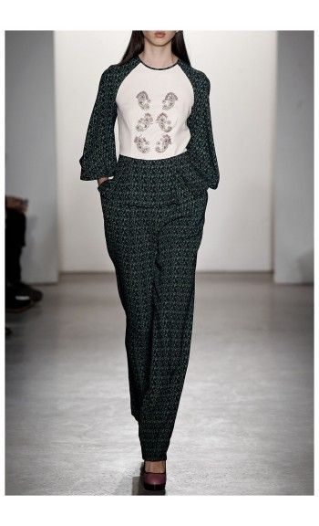 GIULIETTA – FALL WINTER 2015 – PREORDER HERE: http://www.precouture.com/en/6639-embroidered-top-printed-pants PRECOUTURE.COM is the first European website offering the possibility to preorder the looks straight from the runway. Order your looks now and wear them before anyone else, before it hits stores !