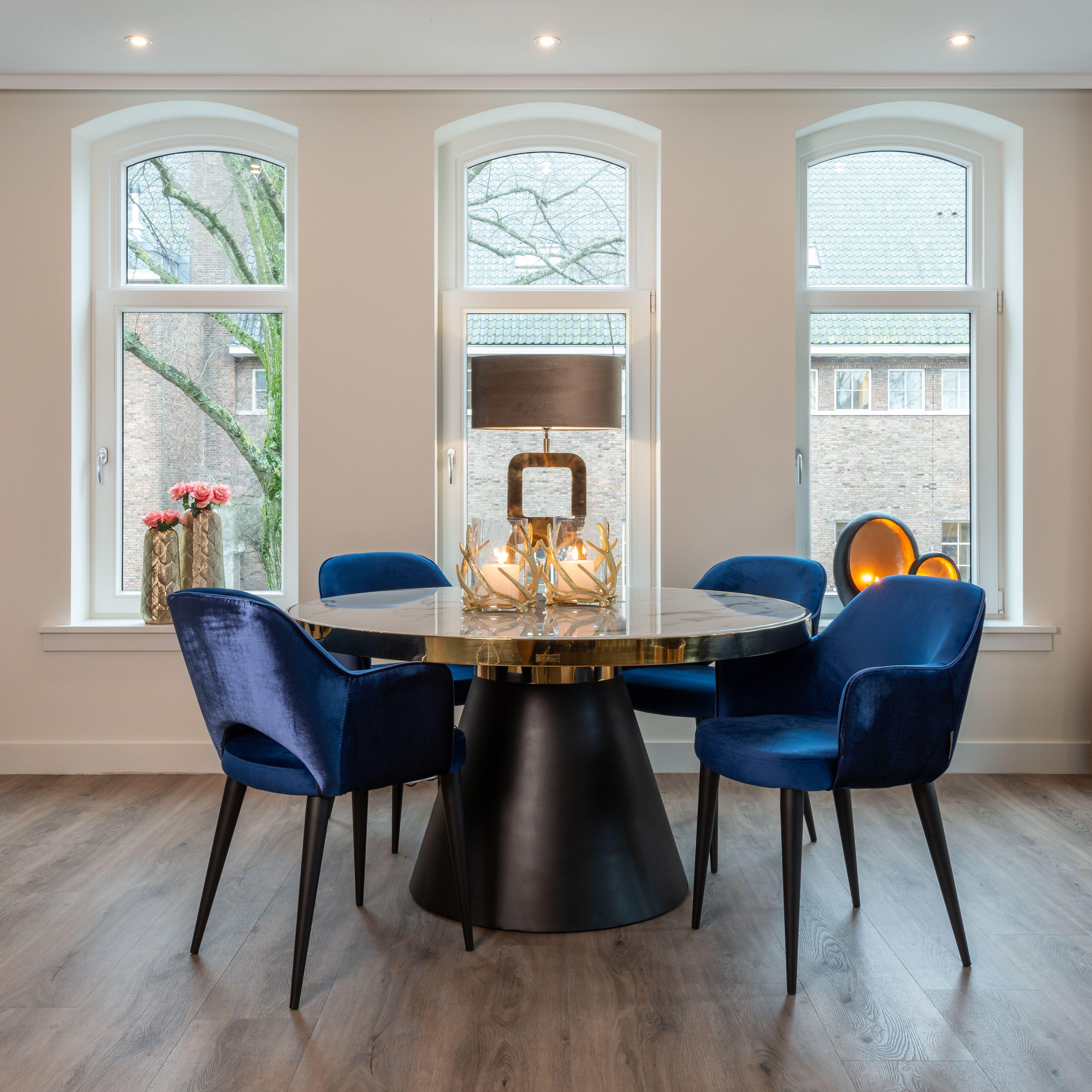 Blauwe Armstoel Richmond Interiors Velvet De Ruijtermeubel In 2020 Luxe Meubels Meubel Ideeen Stoelen