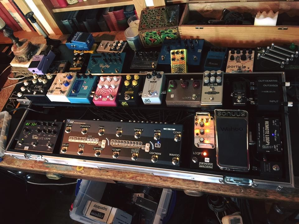 studio pedalboard for noel gallagher pedalboards pedalboard noel gallagher guitar effects. Black Bedroom Furniture Sets. Home Design Ideas