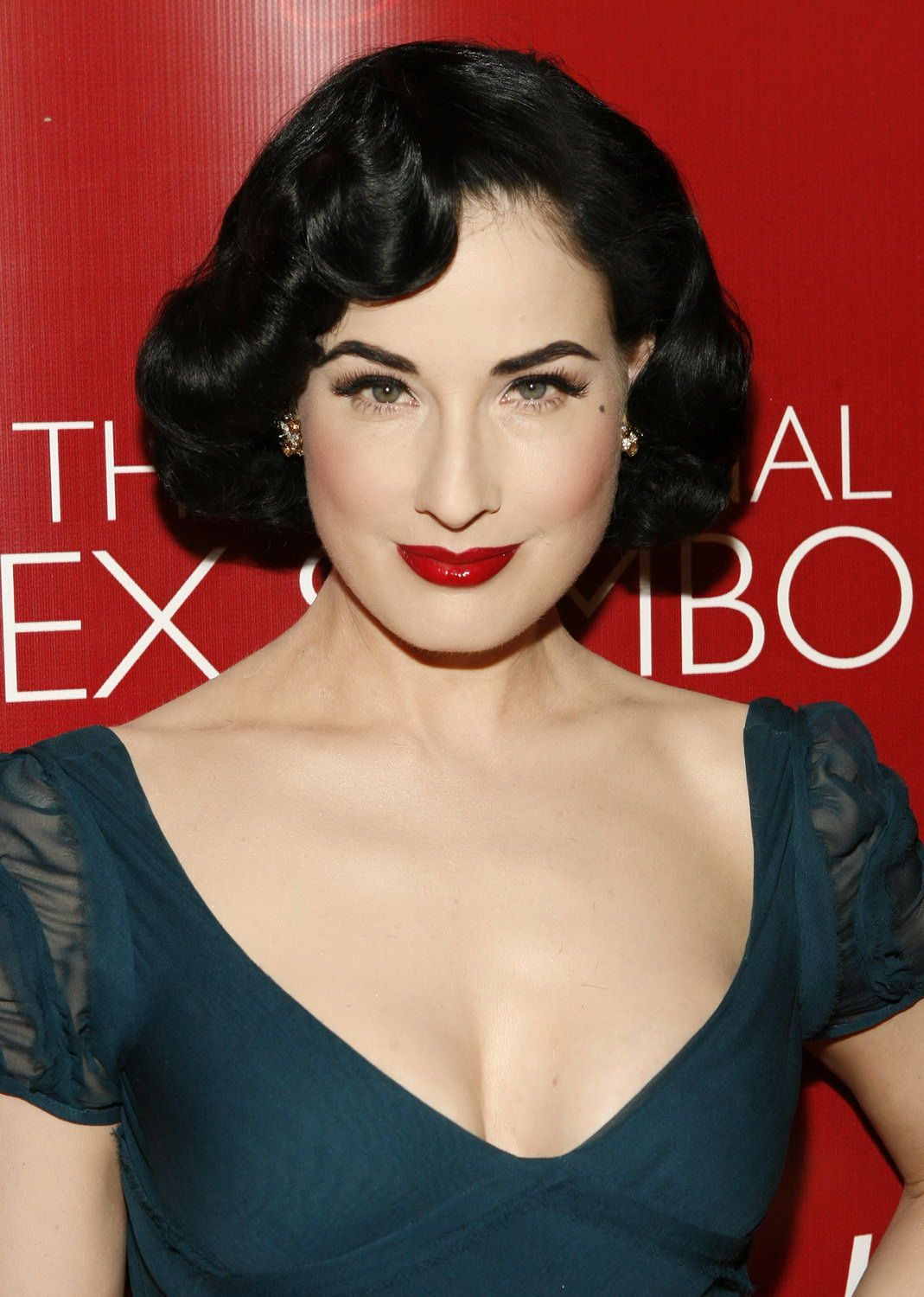 dita von teese #hair #hairstyle #makeup #model #retro #1950s
