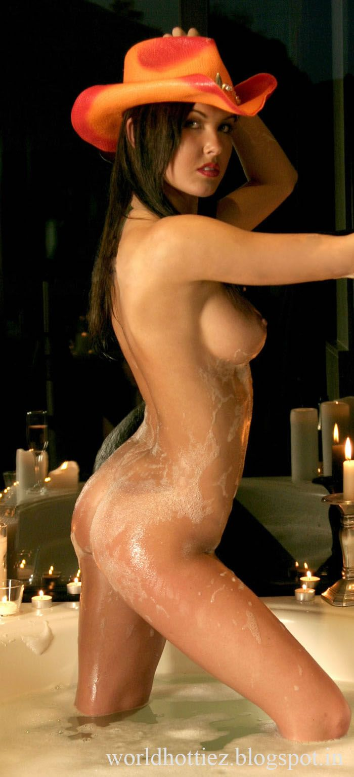 I find audrina patridge naked