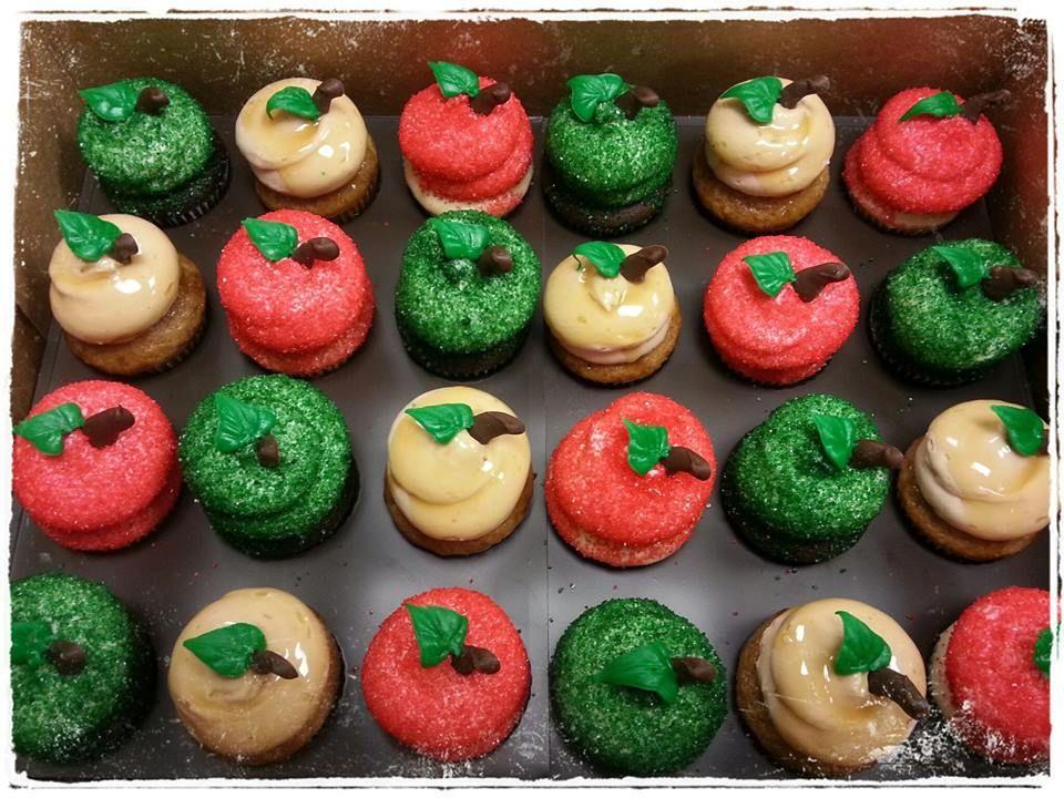 #AppleOrchardParty #MiniCupcakes