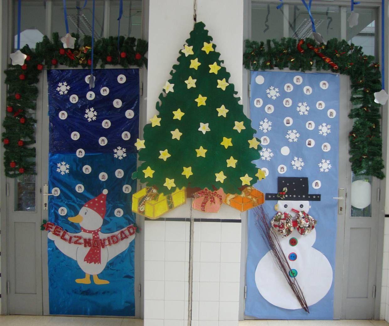 Ii concurso de decoraci n de puertas con motivos navide os for Arreglos navidenos para puertas 2016