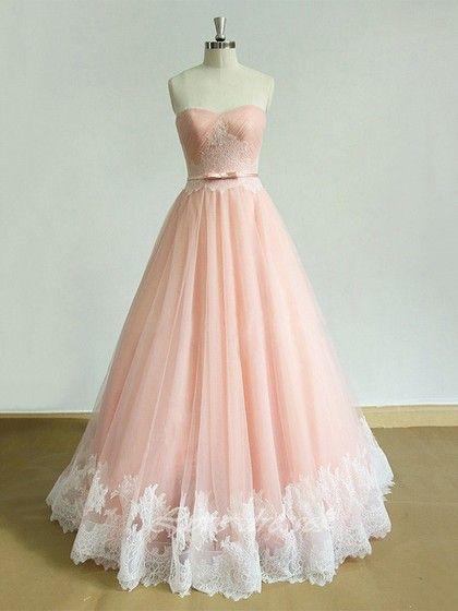 Flirty Tulle Formal Dresses