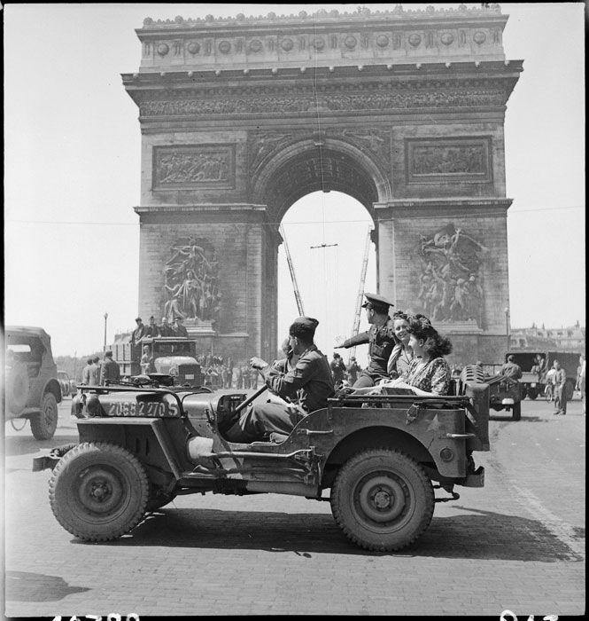 8 Et 9 Mai 1945 Paris Fete La Victoire Ecpad Jeep Willys