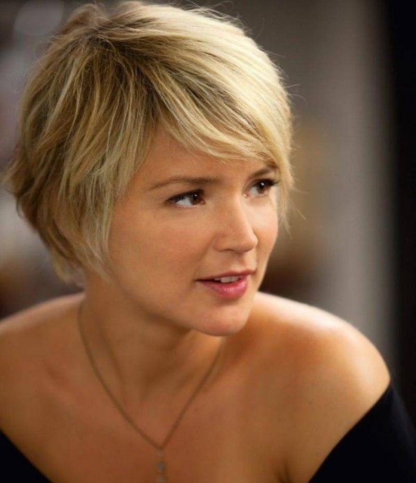 Short Hairstyles for Thick Hair & Oval Face Old Generation ...