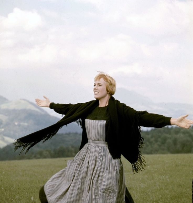Pin On Sound Of Music Julie Andrews