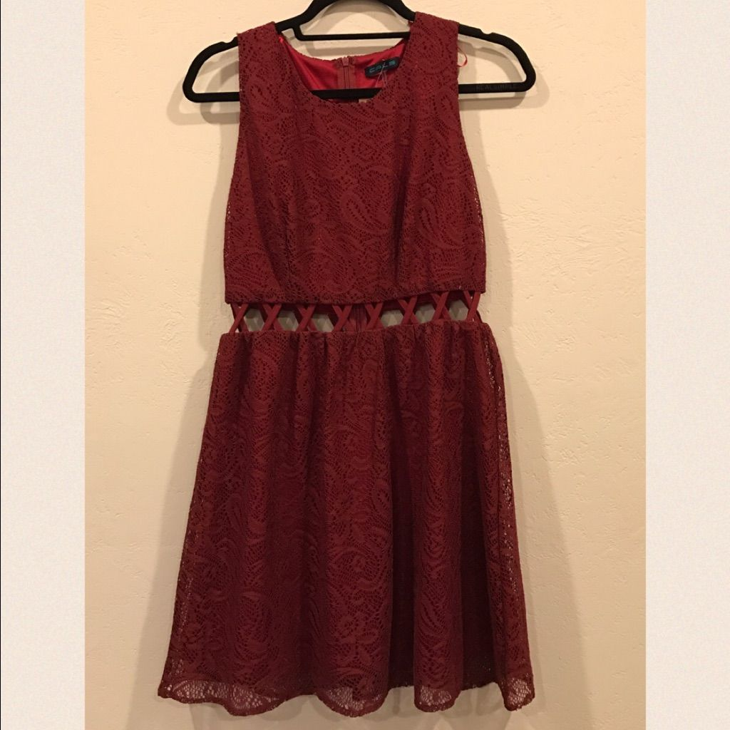 Maroon cutout dress size l products