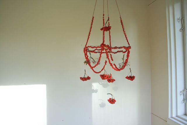 puhti: pihlajakruunu / the rowan chandelier