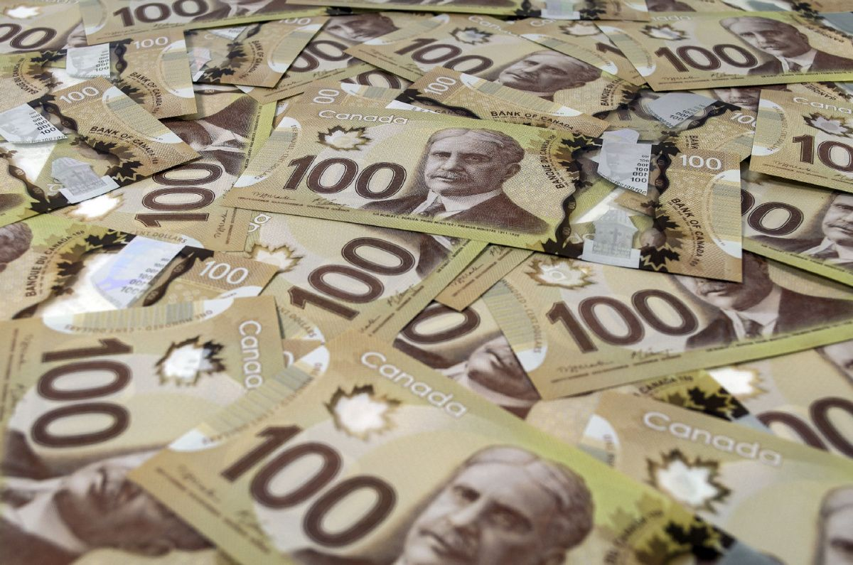 Government To Write Off 178 Million In Unpaid Federal Student Loans Dollar Banknote Canadian Money Canadian Dollar