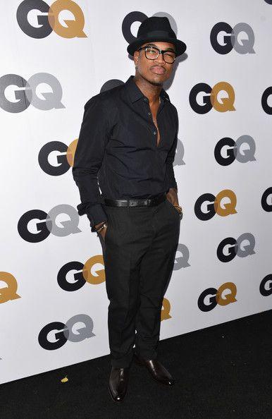 e4420a50f4d0 Singer Ne-Yo chose to wear an all-black look with a buttoned-down shirt