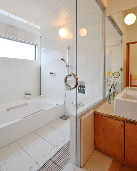 事例紹介 一般浴槽 Toto バスルームのデザイン 浴室リフォーム モダンなバスルームデザイン