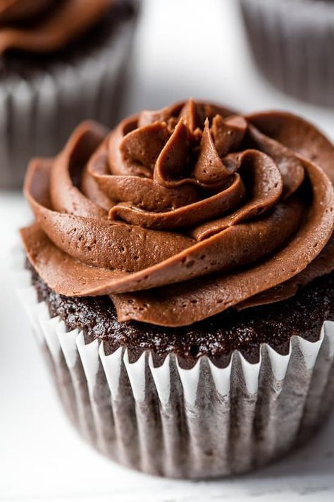 The Most Amazing Chocolate Cupcake Recipe #chocolatecupcakes