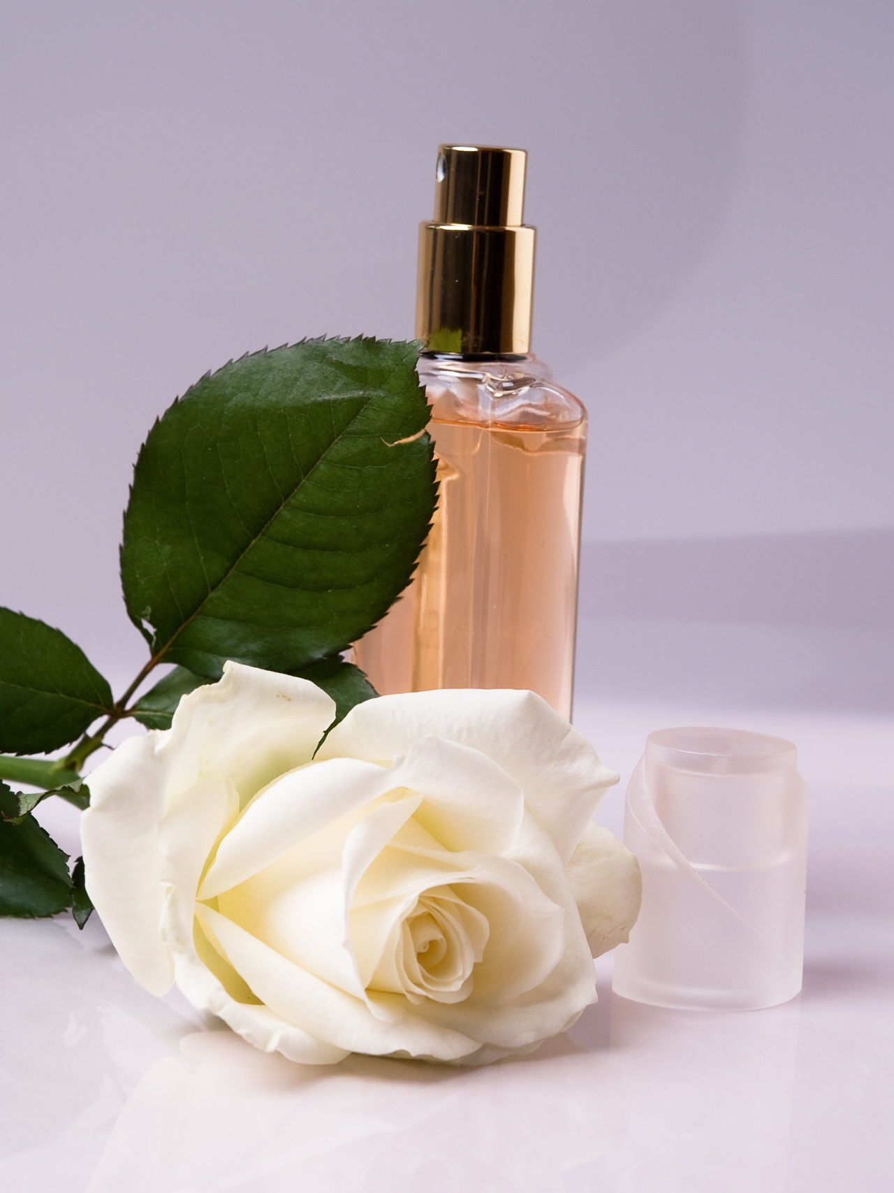 How to Make Your Own Homemade Perfume from Flowers