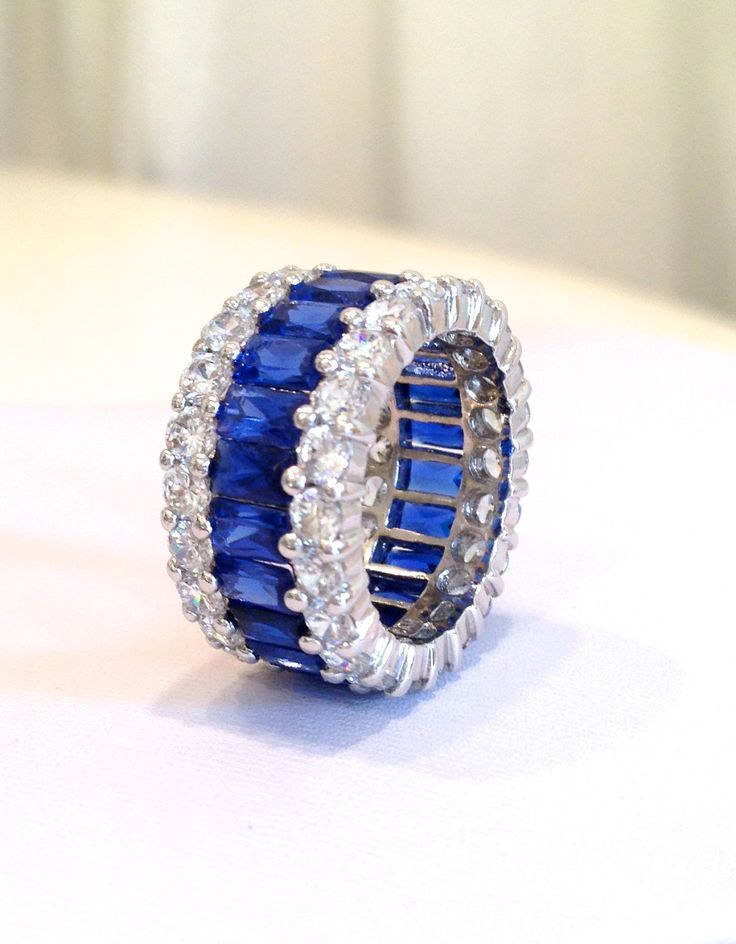 Blue Sapphire Wedding Band Sterling Silver Rings for Women 925 Eternity Ring in White gold RmtwJ0
