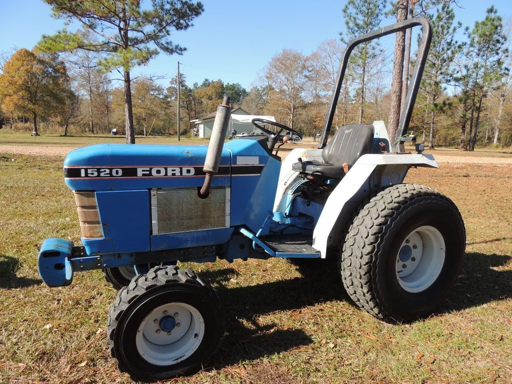 1991 Ford New Holland 1520 Compact Farm Utility Tractor N