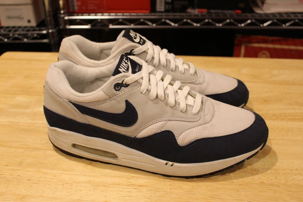 Nike Air Max Leather SC