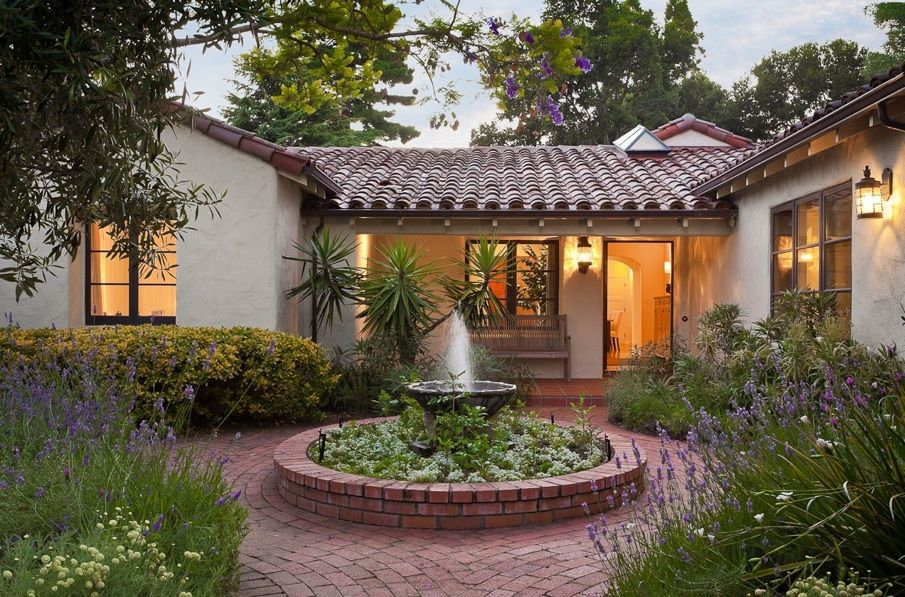 Totally remodeled spanish style home 4 bedrooms office 3 for What is a courtyard garage