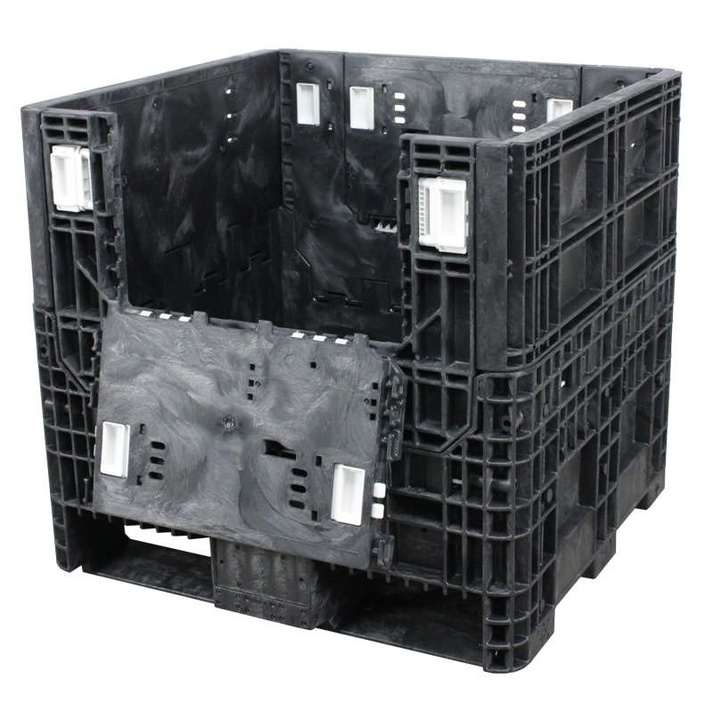 The 30 x 32 x 30 reusable bulk container is ideal for metal