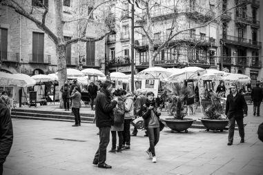 black and white artists market, barcelona