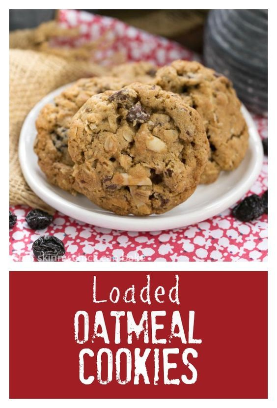 Loaded Oatmeal Cookies |Chewy oatmeal cookies filled with almonds, dried cherries and chocolate @lizzydo