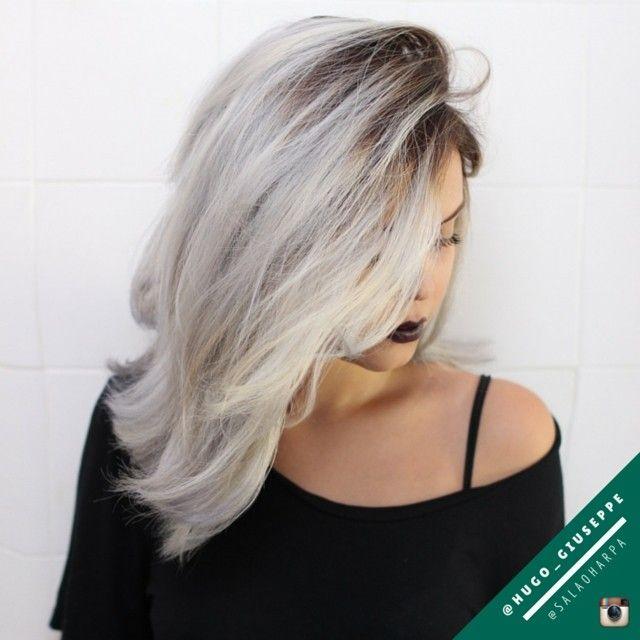 Profissional Hugo Giuseppe  Vem Pro Harpa! Telefones Harpa: 2241.4867 / 2593.2591 / 2596.1039 De 3ª a Sábado de 09h às 19h. Rua Lopes da Cruz 45, Méier.  @hugo_giuseppe @wellahair #wella #wellalife #blondor #hair #haircolor #hairoftheday #haircut #fashion #moda #girl #love #happy #instafashion #style #black #blonde #brunette #loira #ruiva #morena #madeixasdodia #modaparameninas #hairigpost #riodejaneiro #rj #zonanorte #méier #salaoharpa #harpa #vemproharpa