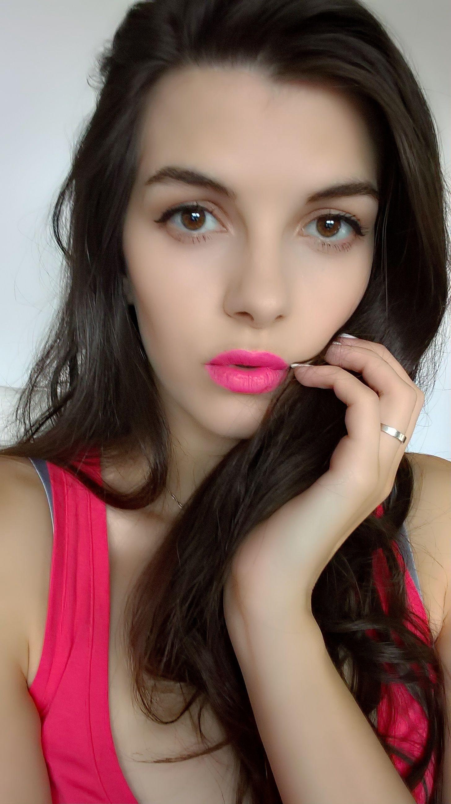 ABH lipstick bundle   Lipstick bundles, The balm, Lipstick