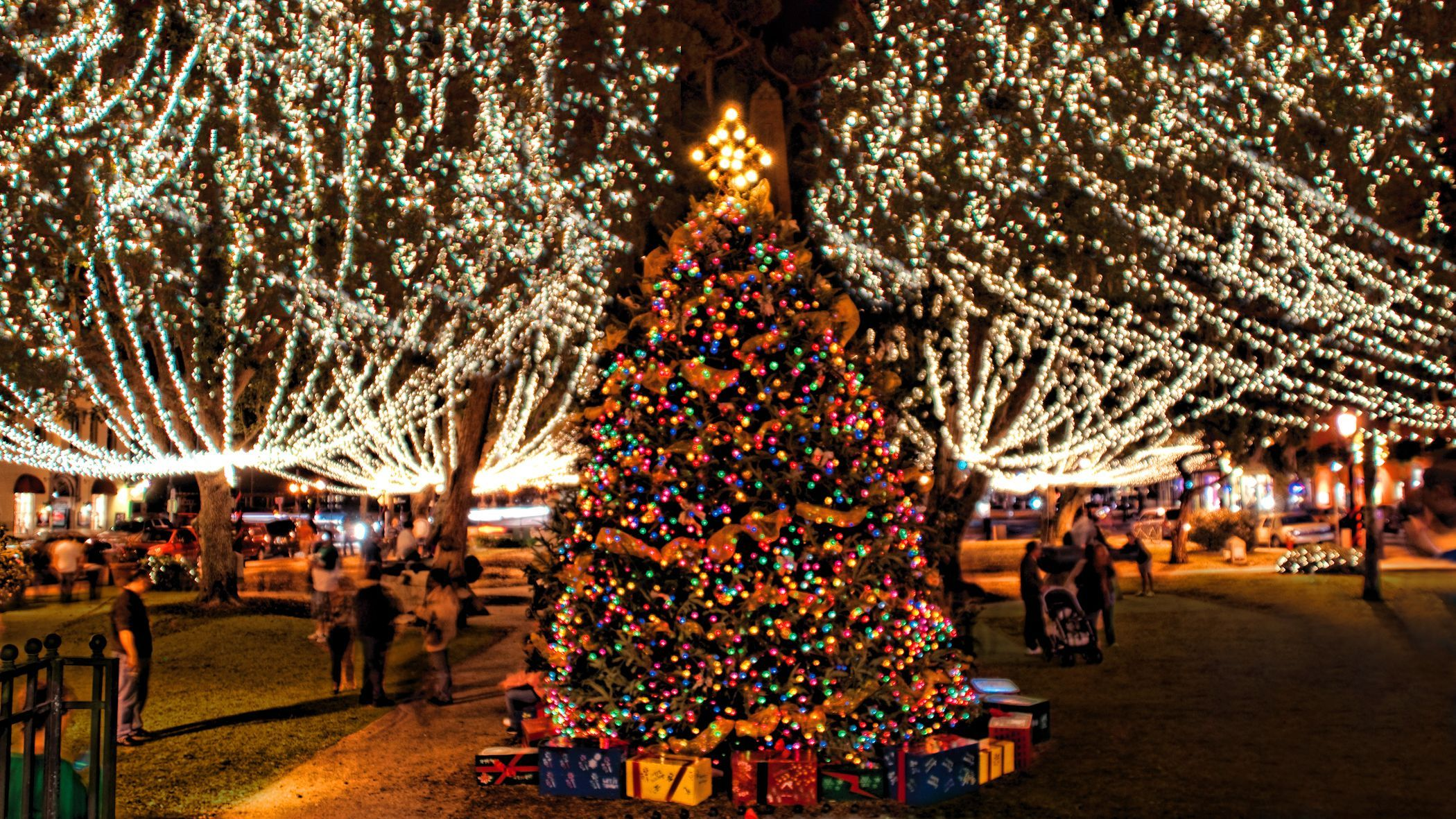 Christmas Lights In Jacksonville Fl 2020 St. Augustine's Nights of Lights will begin earlier this year in