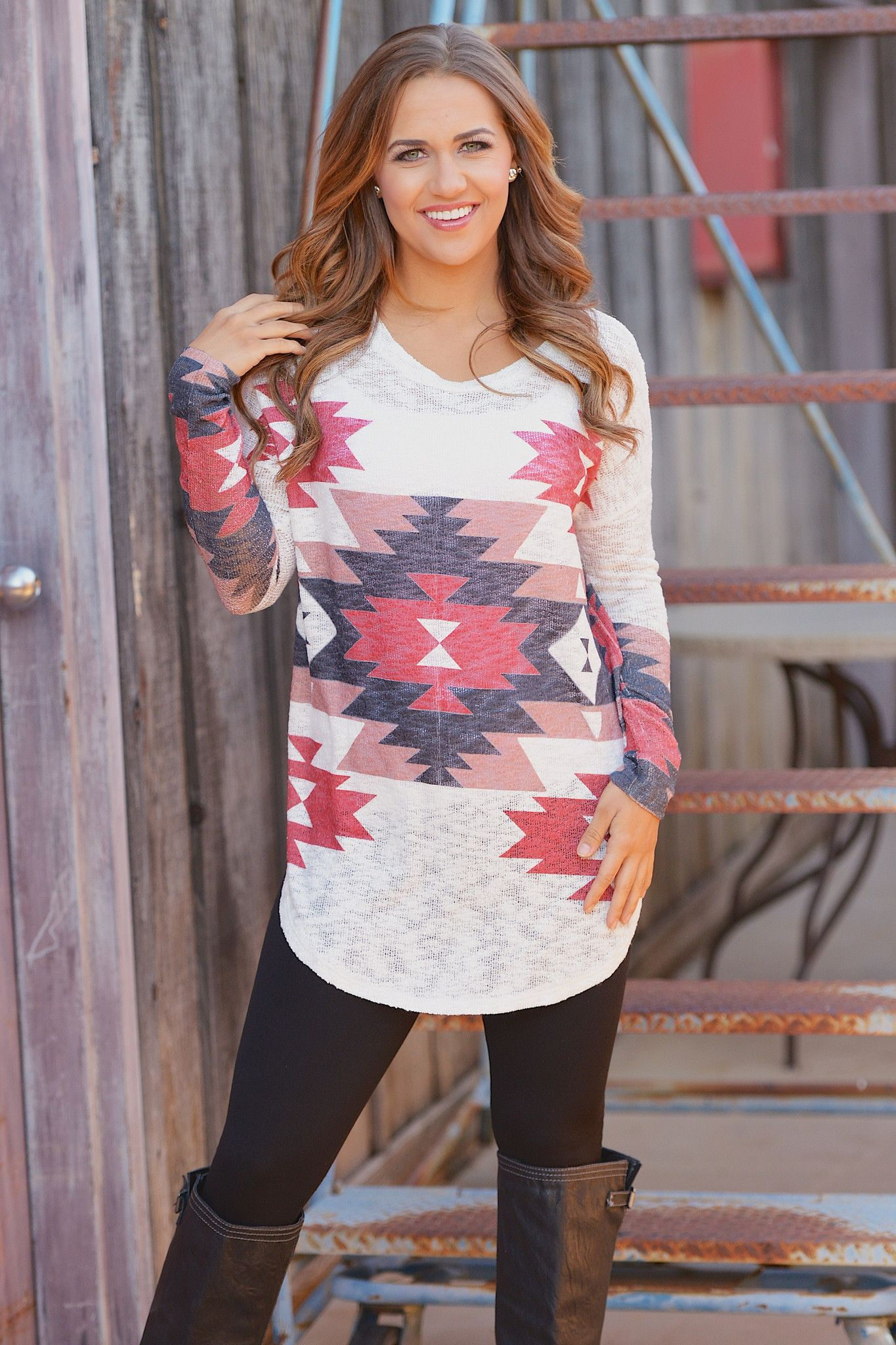 What to Wear with Leggings this Winter | Candy boutique, Tunics ...