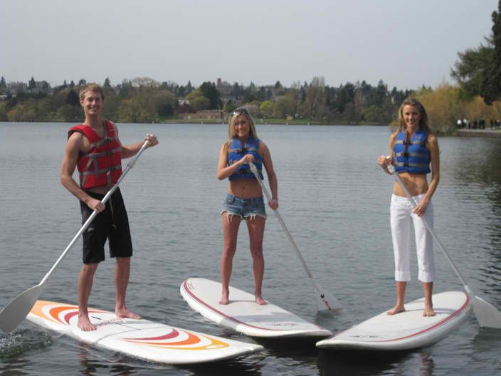 Image from http://www.utahboatrental.com/wp-content/uploads/2012/04/stand-up-paddle-boards.jpg.