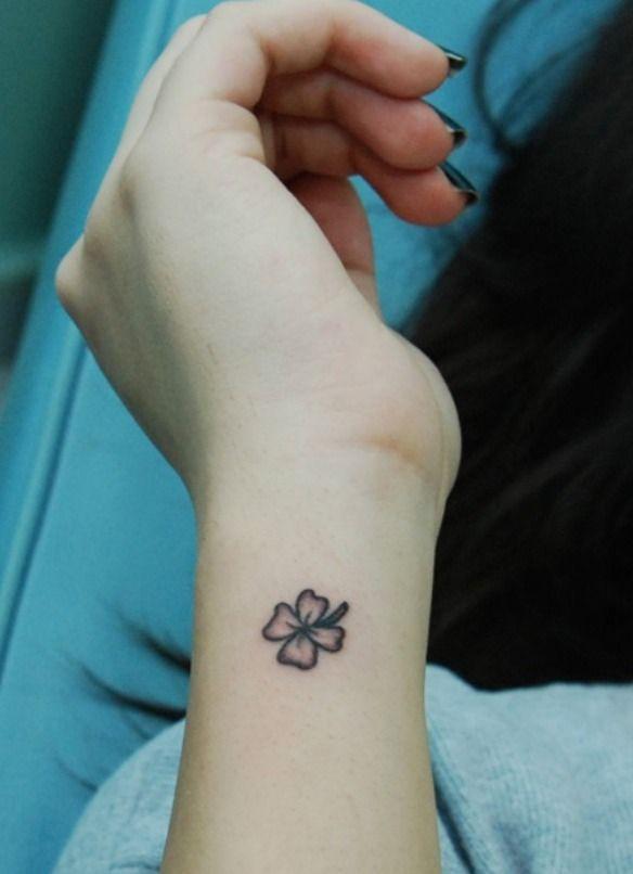 quadrifoglio tattoo bianco e nero , Cerca con Google