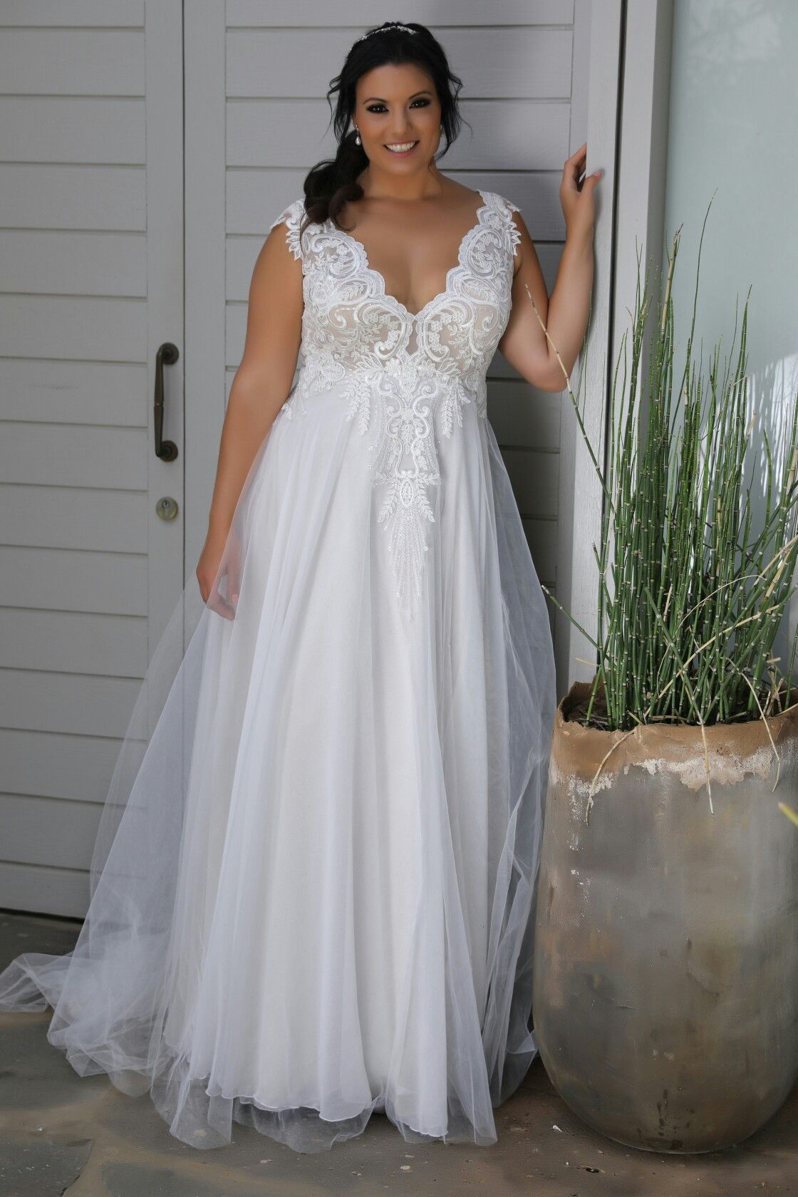 Pin on Plus size wedding gowns THE BEST!