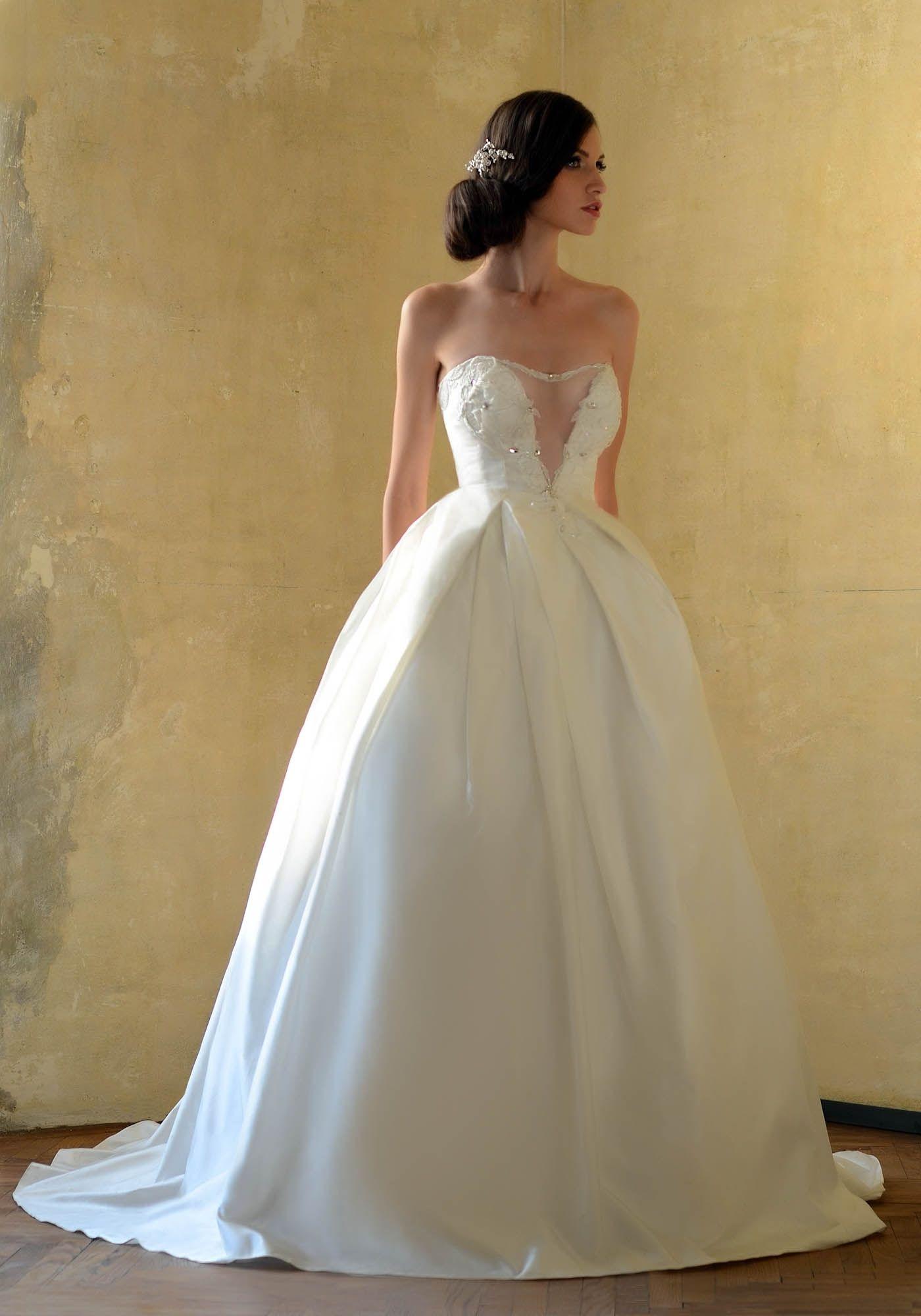 Love Sparkles Sensual Taffeta Princess Wedding Dress With A Deep