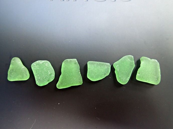 Green sea glass <3   6 pieces