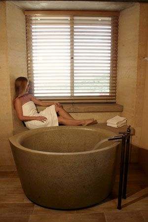 This Concrete Tub From Sonoma Cast Stone, The Ofuro, Is The Companyu0027s  Version Of A Japanese Soaking ...
