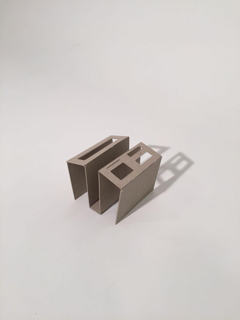 Øving 3: Minimalistisk oppbevaring til skrivebordet.