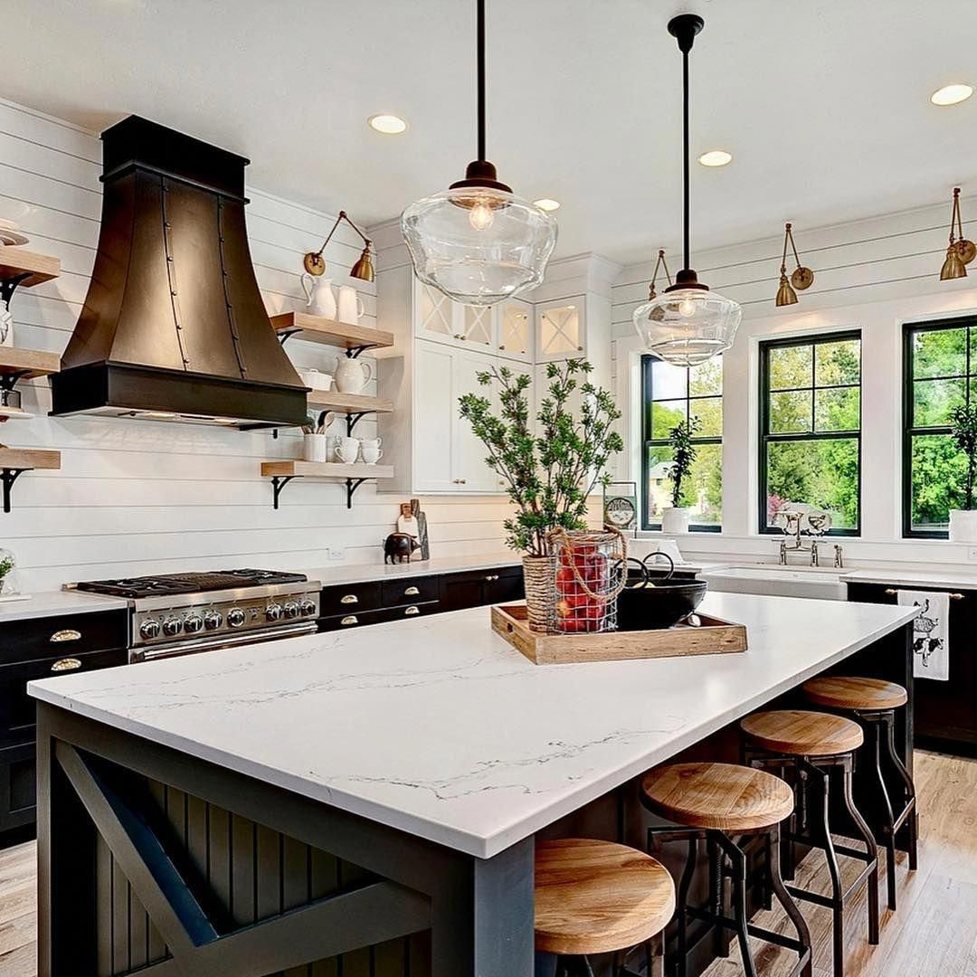 This sophisticated and chic modern farmhouse open concept ...