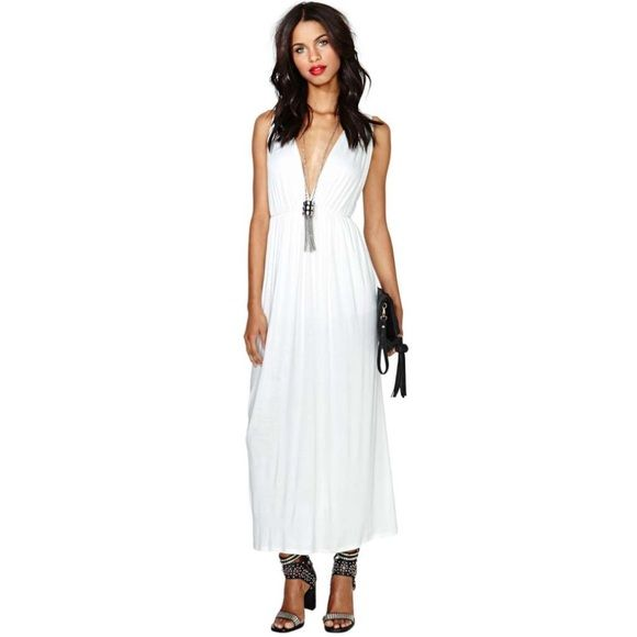 Maxi dress for all body types