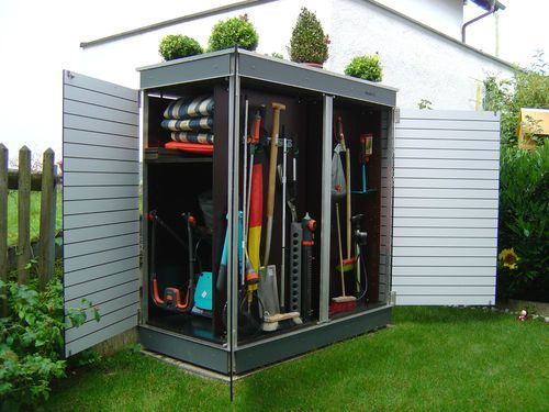 Abri de jardin design pour ranger ses outils. http://www.m-habitat ...