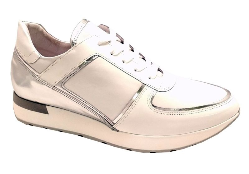 hip shoe style sneakers