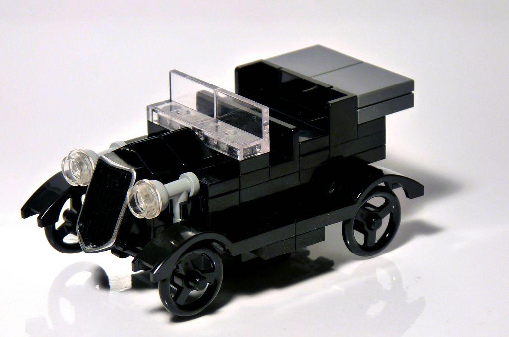 3330 - LEGO Store Opening Commemorative Set - Classic Car | Lego ...