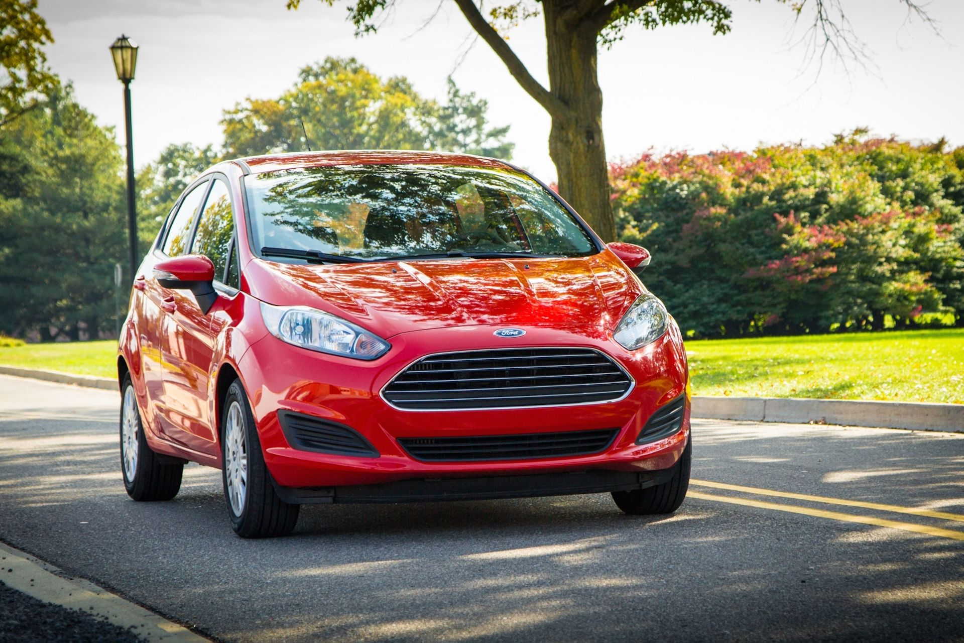 Cool Ford Wants Customers To Rent Their Cars To Other People Ford Fiesta Hybrid Car Car