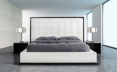 Modrest Modern Wenge with White Leatherette Queen Size Bed Frame