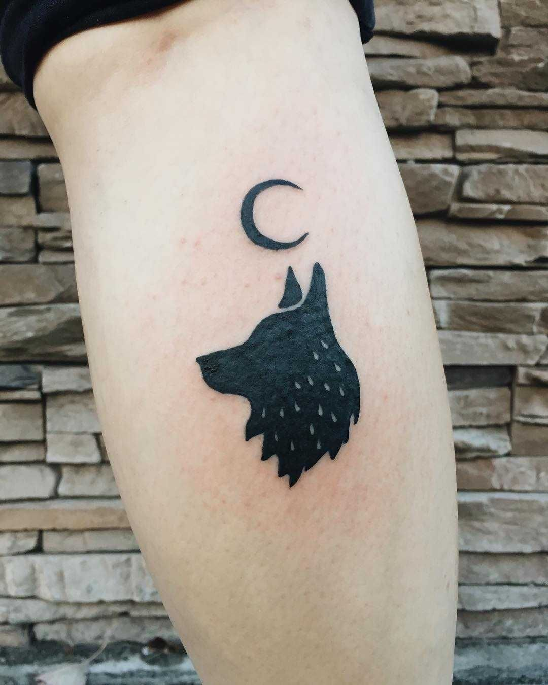 Represent Your Wolf Pack With These 2 Full Moon Tattoos Easy Application Lasting 2 5 Days Measures 2 I Full Moon Tattoo Moon Tattoo Designs Temporary Tattoos