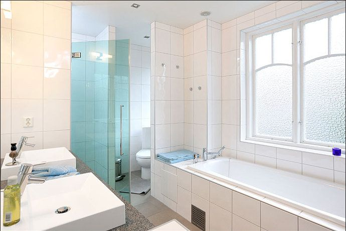 inbyggt badkar | Bathroom inspiration | Pinterest | Inspiration