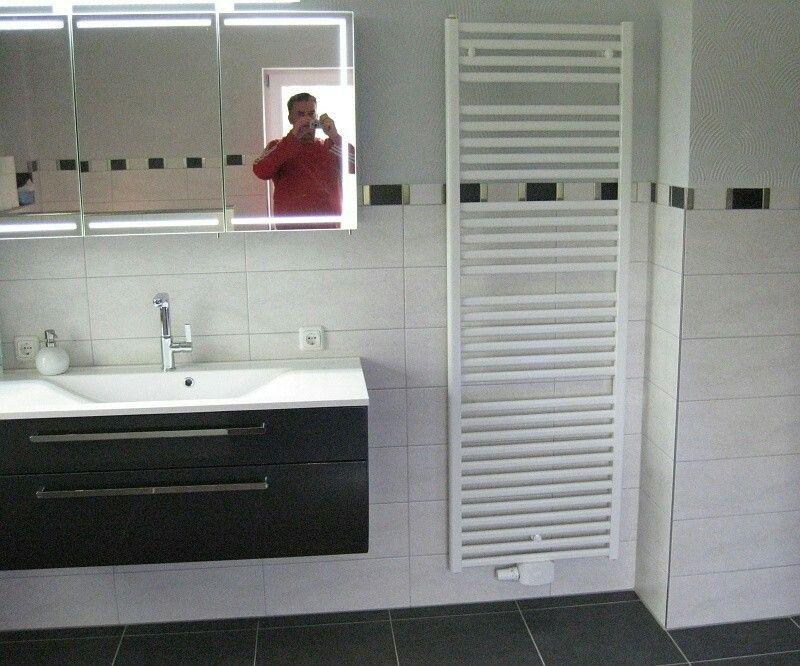 Badezimmer Bordüre ~ Bordüre hinter heizkörper sieht seltsam aus badezimmer