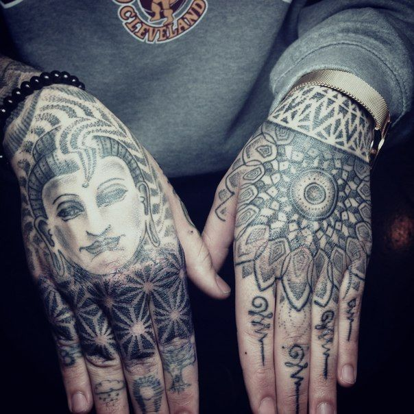 Hindu Tattoo On Hand Hand Tattoos Tattoos Head Tattoos