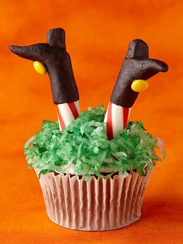Wickedly Fun Halloween Cupcakes Witch legs, Witches and Legs - how to decorate cupcakes for halloween
