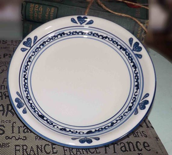 Hearts and Bands Set of 6 Tienshan Sponge-Blue salad plates