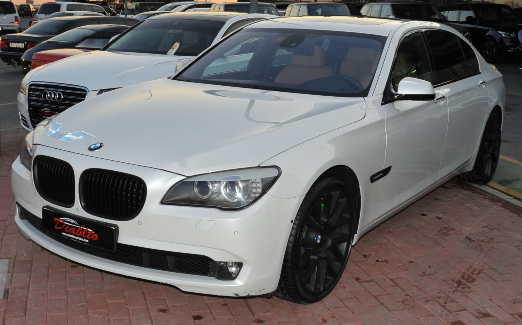 BMW 750 LI - Service Contract and Under Warranty 2015 - AED